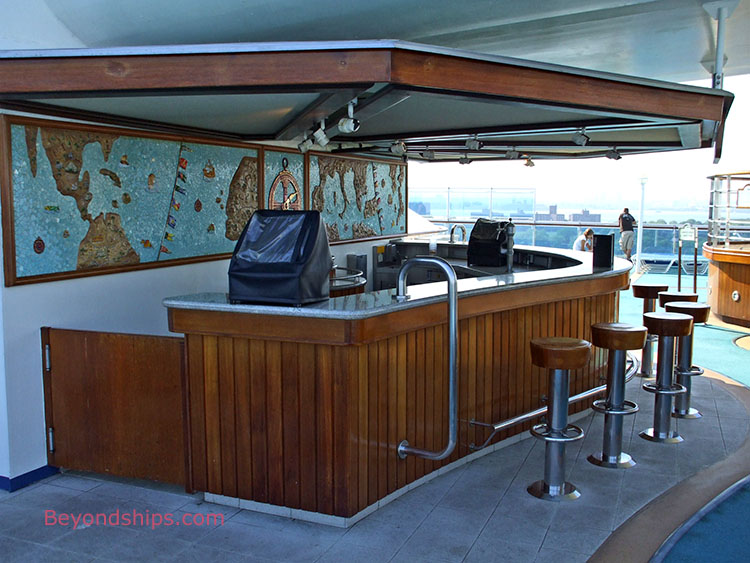 Under Deck Bar : Caribbean princess tour and commentary page
