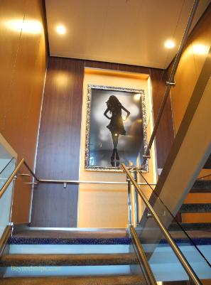 Celebrity Reflection cruise ship decor