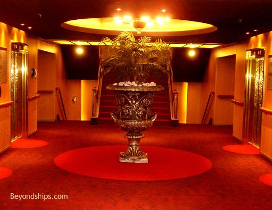 Cruise ship Eurodam decor