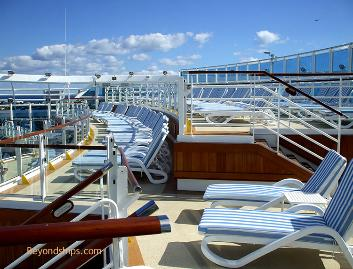 Ruby Princess deck chairs