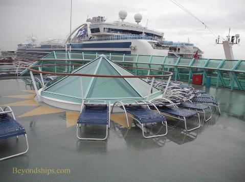 Vision of the Seas, deck chairs
