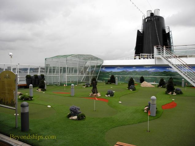 Amadea cruise ship, kruezschiffe, golf