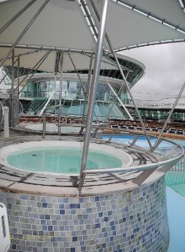 Vision of the Seas pool deck
