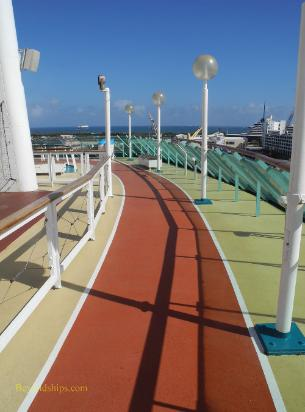Cruise ship Legend of the Seas, jogging track