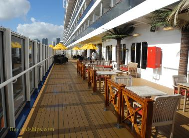 Carnival Breeze cruise ship lanai