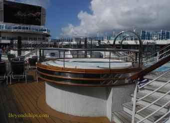 hot tub, cruise ship Regal Princess