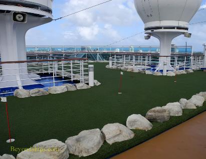 mini-golf, cruise ship Regal Princess