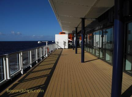 Celebrity cruises silhouette dining table