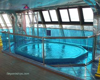 Carnival Splendor hot tub