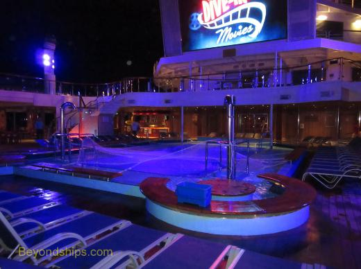 Cruise ship Carnival Conquest pool area