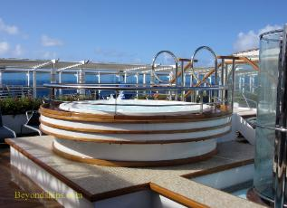 whirlpook tub, cruise ship Regal Princess