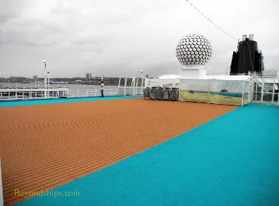 Amadea cruise ship, kruezschiffe, sun deck