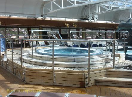 Cruise ship Westerdam pool