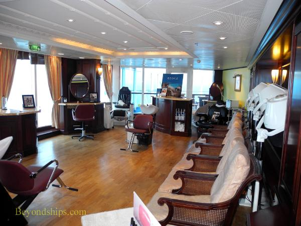 Cruise ship Ocean Princess salon