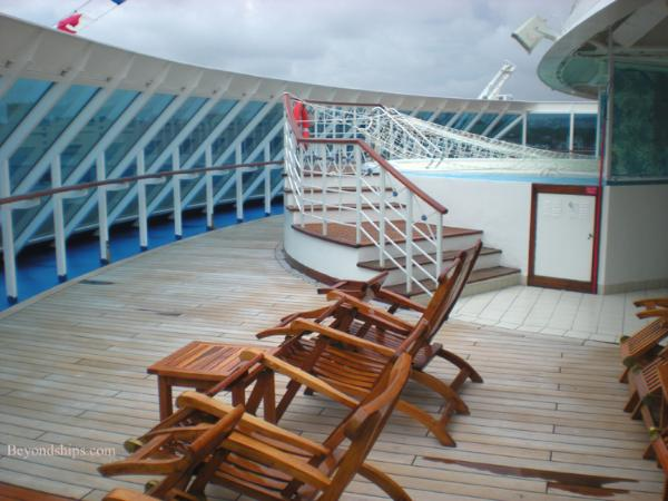Cruise ship Ocean Princess spa pool