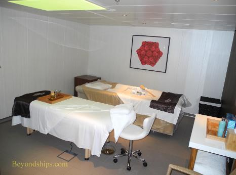 Norwegian Breakaway cruise ship, spa, treatment room