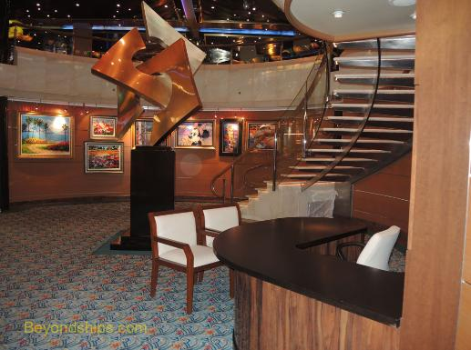 Cruise ship Sea Princess, art gallery