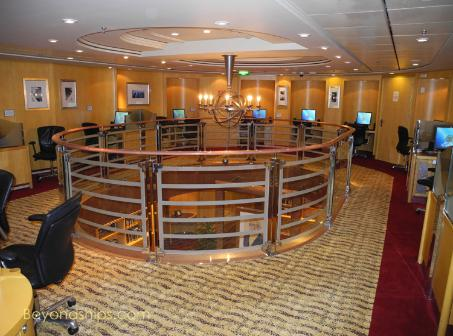 Liberty of the Seas internet cafe