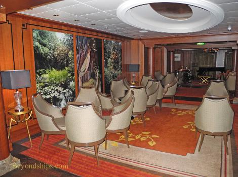 Cruise ship Celebrity Eclipse, Michael's Club