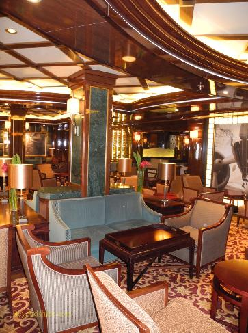 Royal Princess cruise ship, Wheelhouse Bar