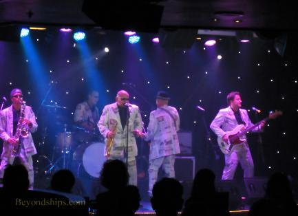 Britannia cruise ship, Badness tribute band