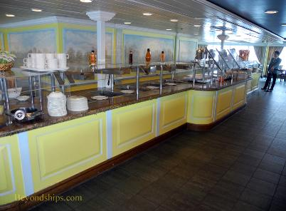 Cruise ship Ocean Princess buffet