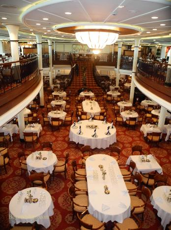 cruise ship Enchantment of the Seas main dining room