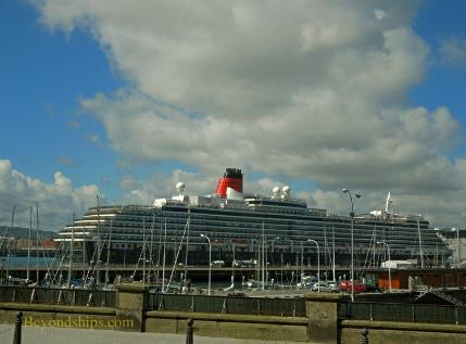 Picture of Cunard ship Queen Victoria in La Coruna Spain