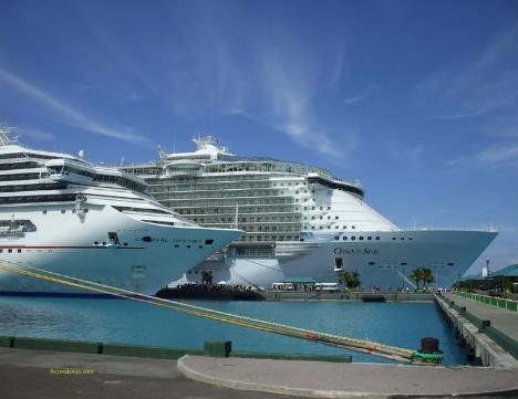 Photo of Royal Caribbean cruise ship Oasis of the Seas with Carnival Destiny