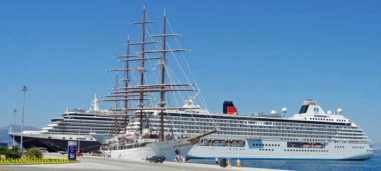 Picture of cruise ships Queen Victoria, Sea Cloud and Crystal Serenity