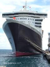 Image of ocean liner Queen Mary 2
