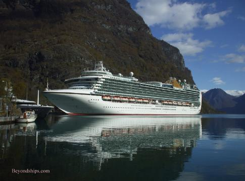 Norwegian Fjords Cruise Port Photo Tour And Guide - Cruise to norway