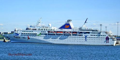 cruise ship Grand Voyager