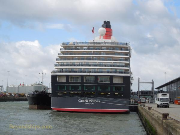 Picture of Cunard ship Queen Victoria in Southampton
