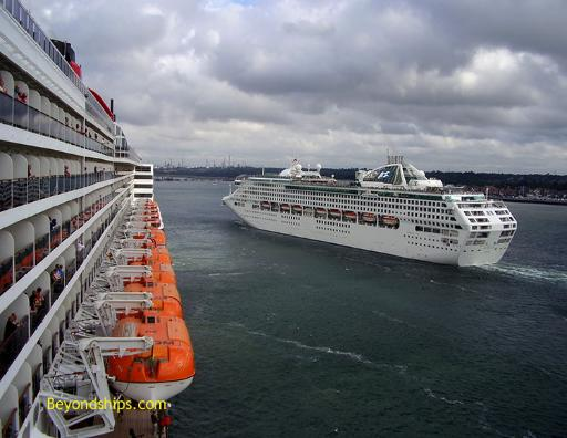 Sea Princess and Queen Mary 2, cruise ships