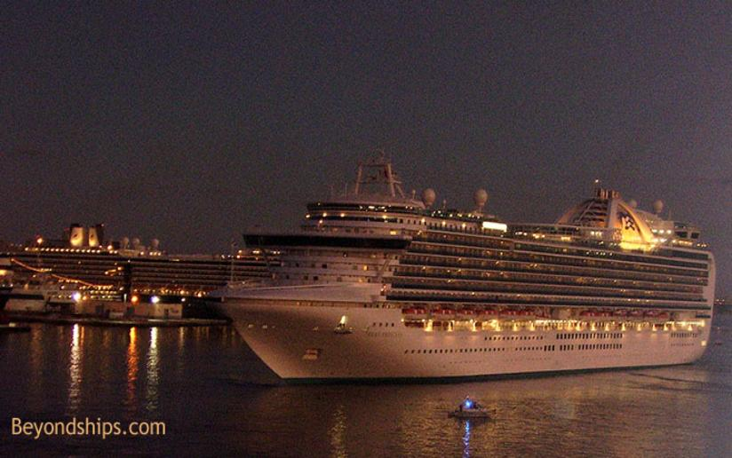 Cruise ship photo - Ruby Princess of Princess Cruises
